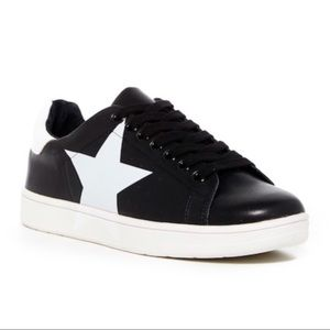 Steve Madden Black White Star Rhodes Sneaker Shoes